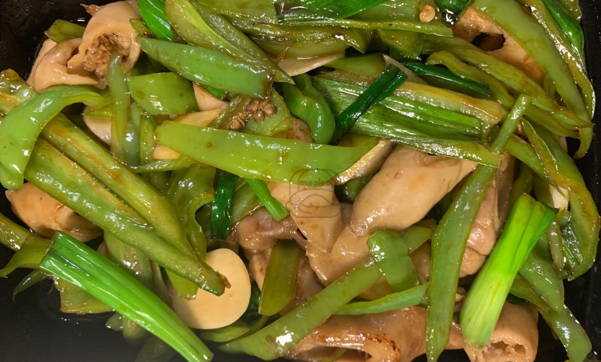 Pig Intestines with Chinese hot peppers