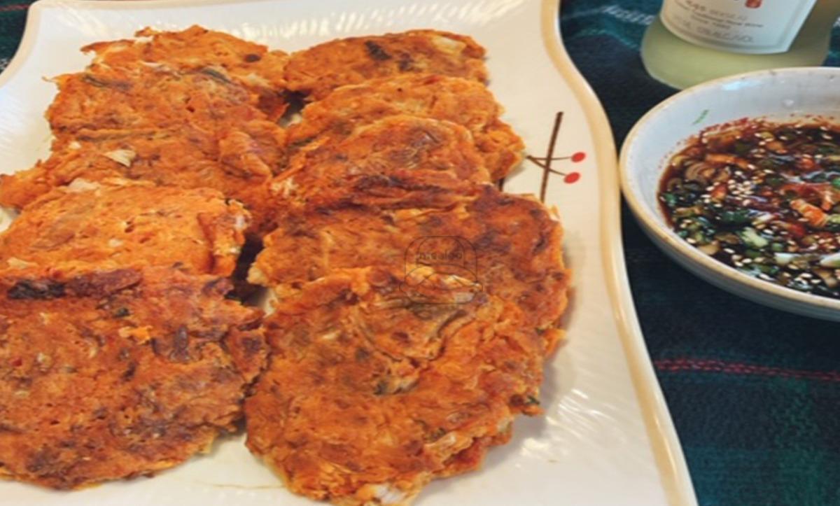 A4. Kimchi Pancake