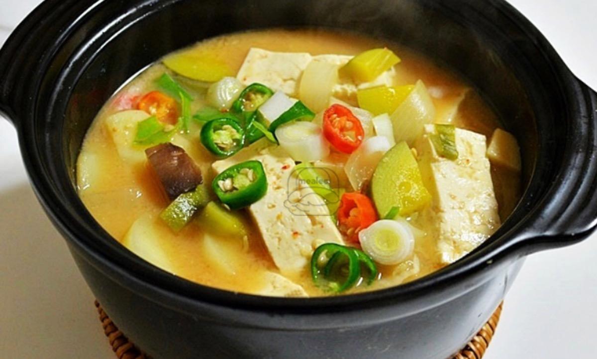 L7. Soybean Paste Soup