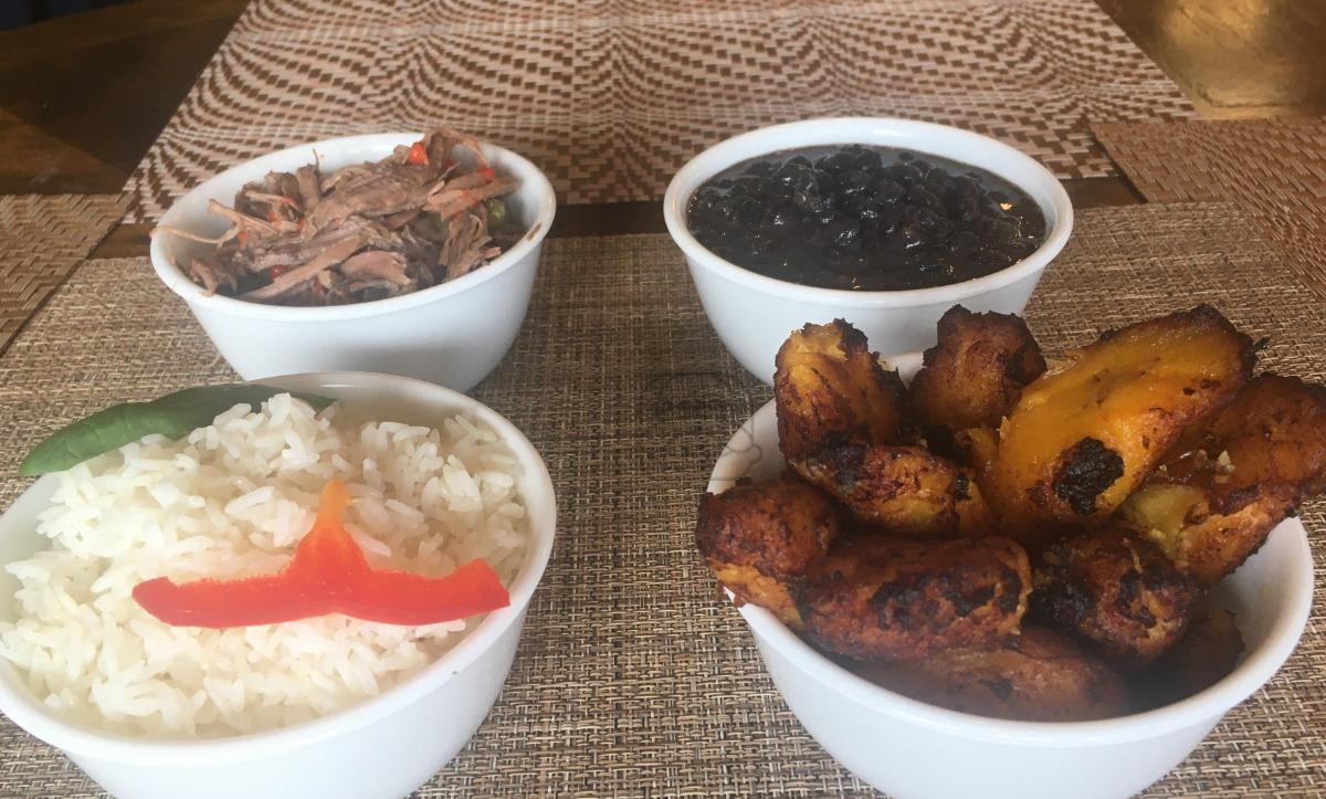 Rice, Beans and Plantains (M)