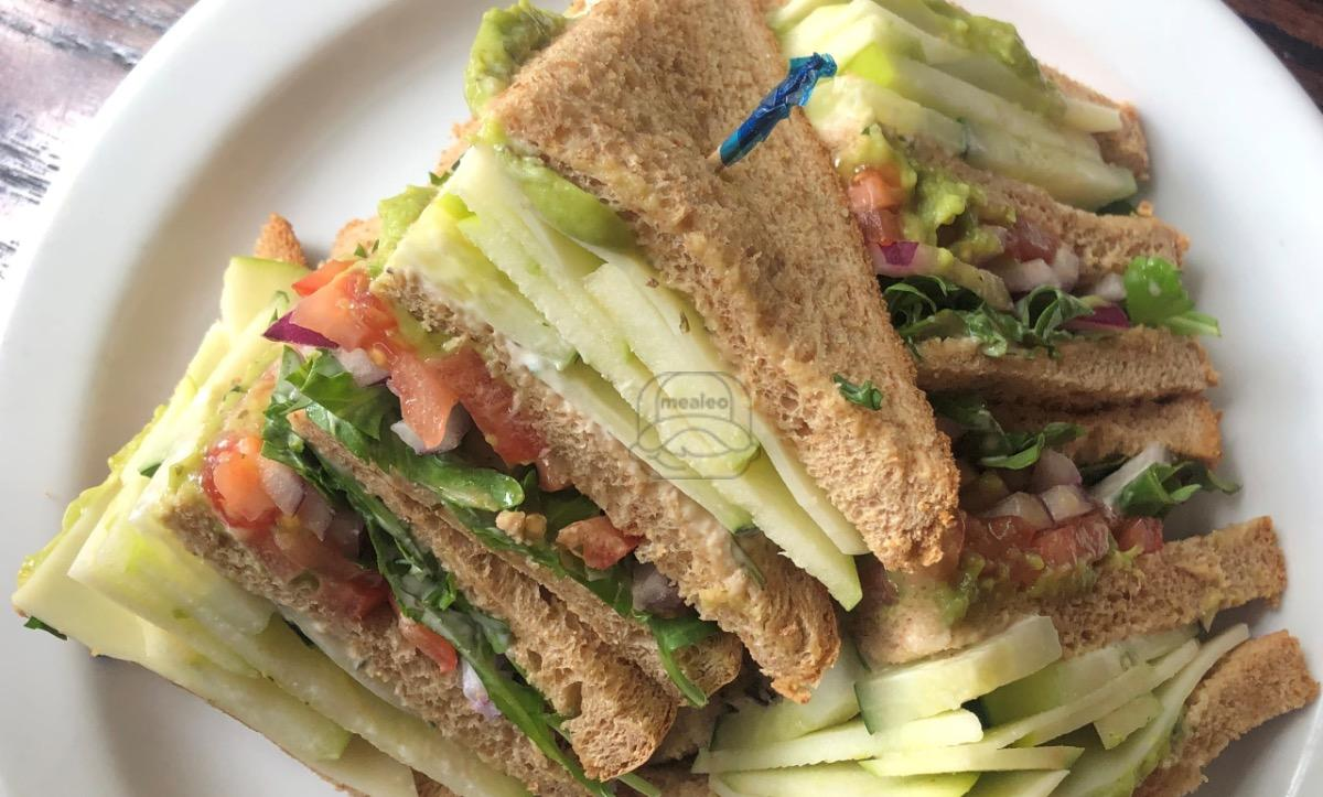 triple decker veggie club
