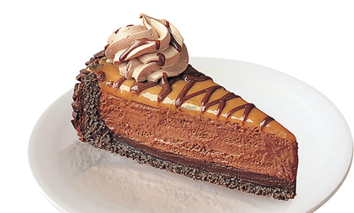 chocolate malted caramel pie
