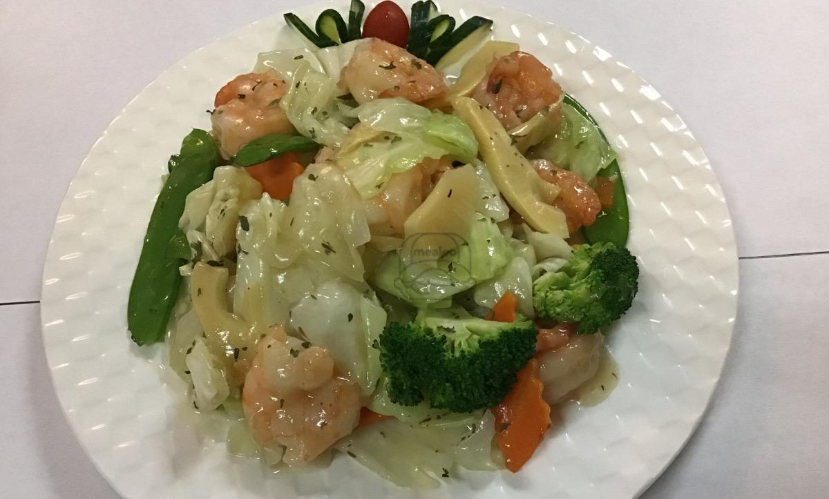 Real wine sauce French jumbo shrimp