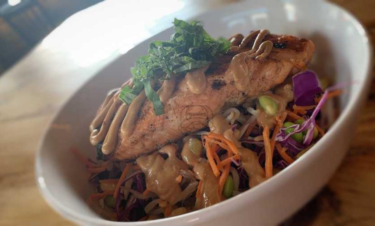 Satay Salmon Bowl