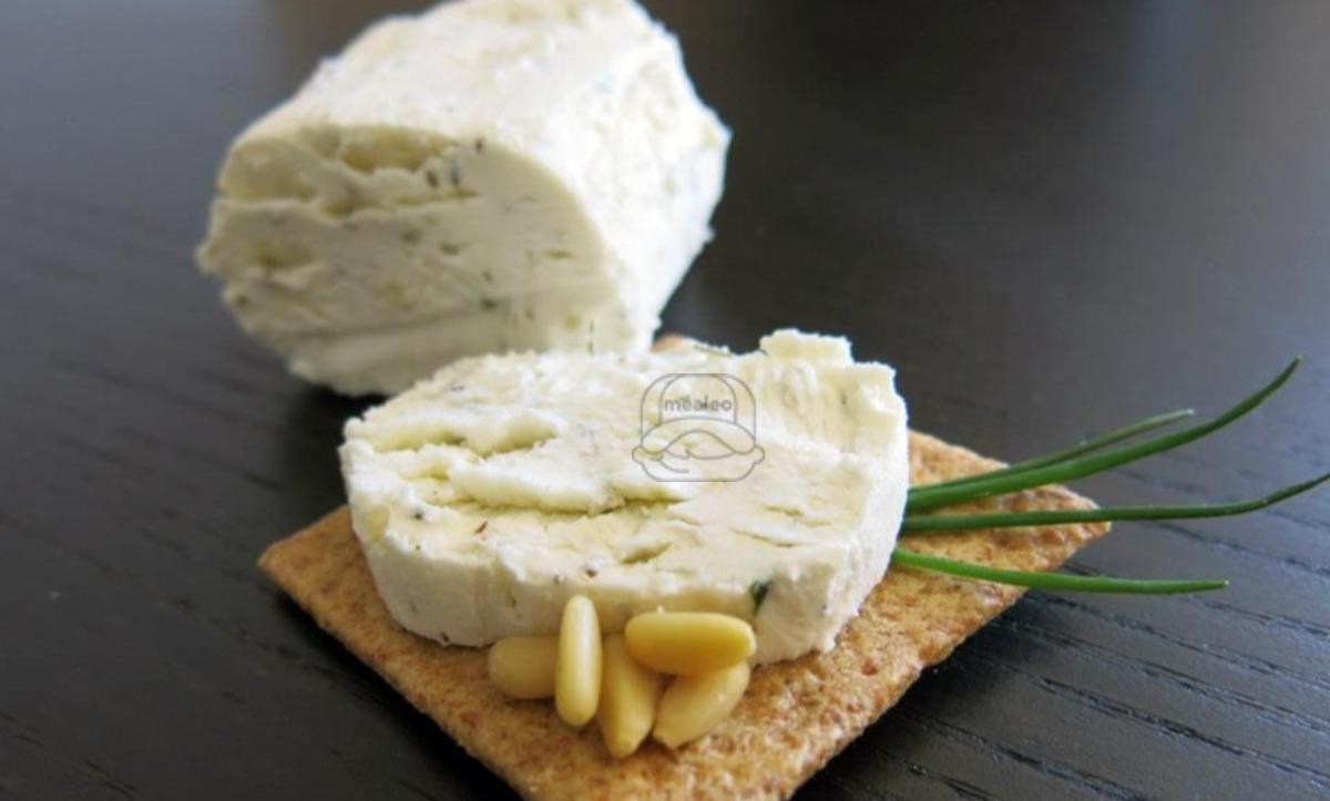 Chevre Garlic/Herb Cheese