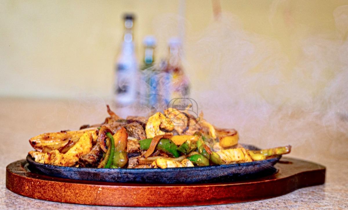 Chicken & Beef Fajita