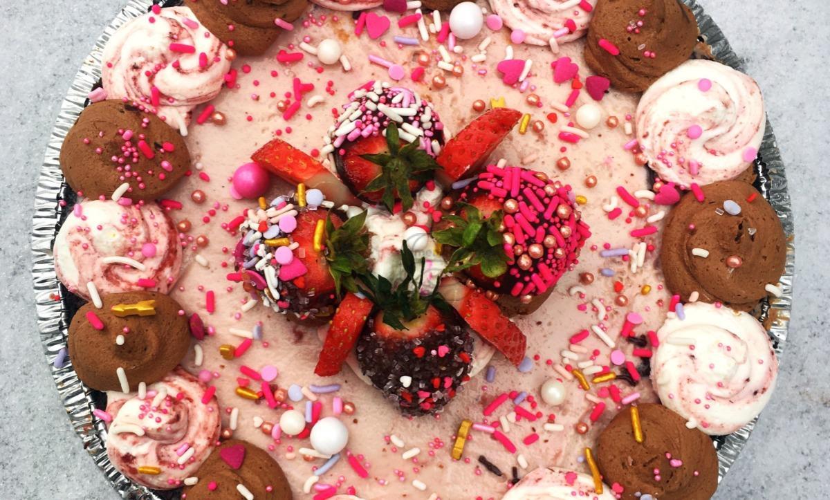 Chocolate Strawberry Gelato Pie