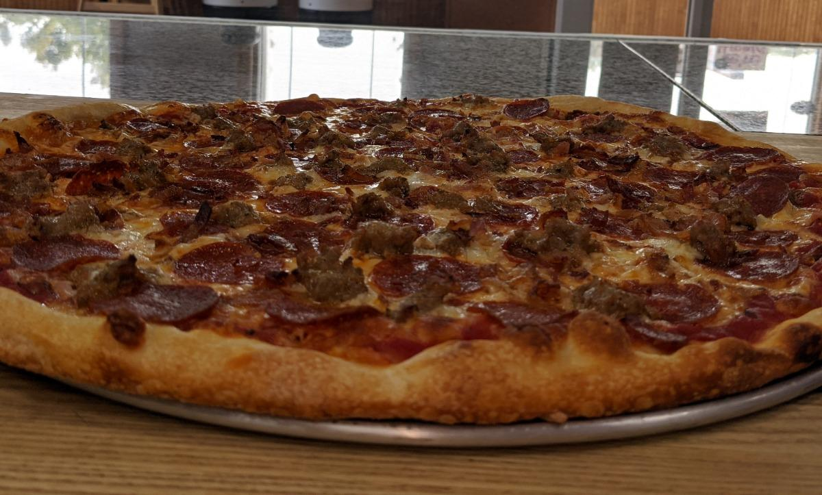 Meat Your Maker Pizza - Small (15