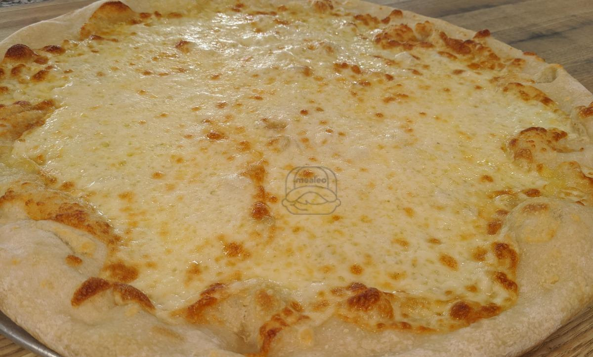 Say Cheese! Pizza - Large (18