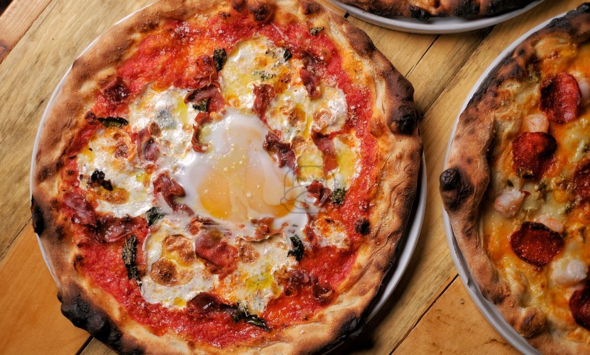 Agricoltore e Uovo Pizza