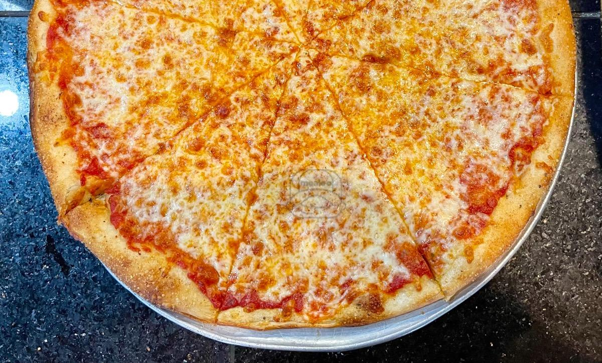 Small Cheese Pizza (6 Cut)