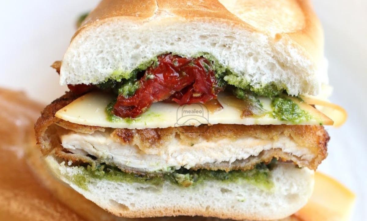 Cobbee Road Chicken Sandwich