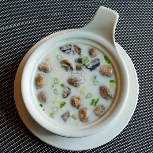 Coconut Soup (Tom Kar)