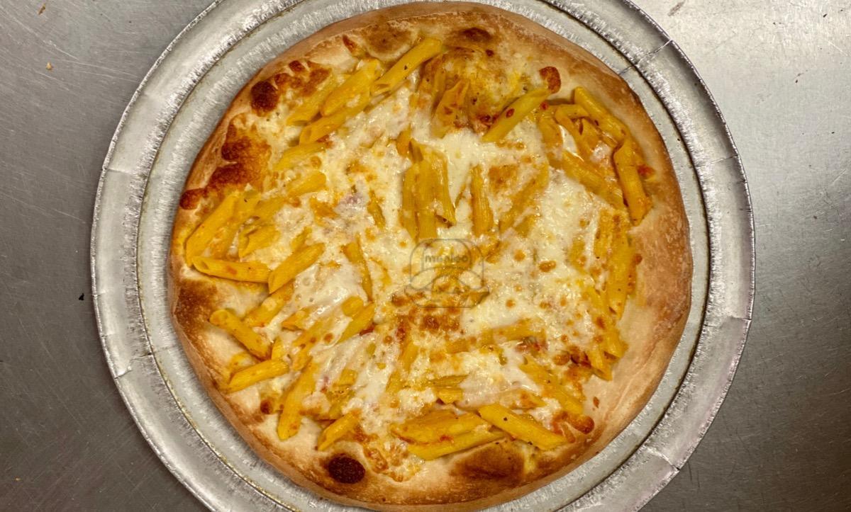 Baked Ziti Romano Pizza