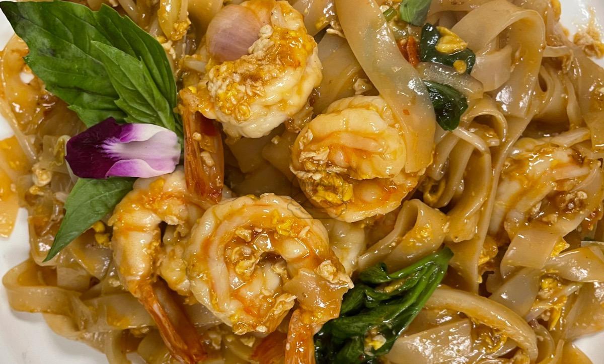 Lunch Shrimp Drunken Noodles