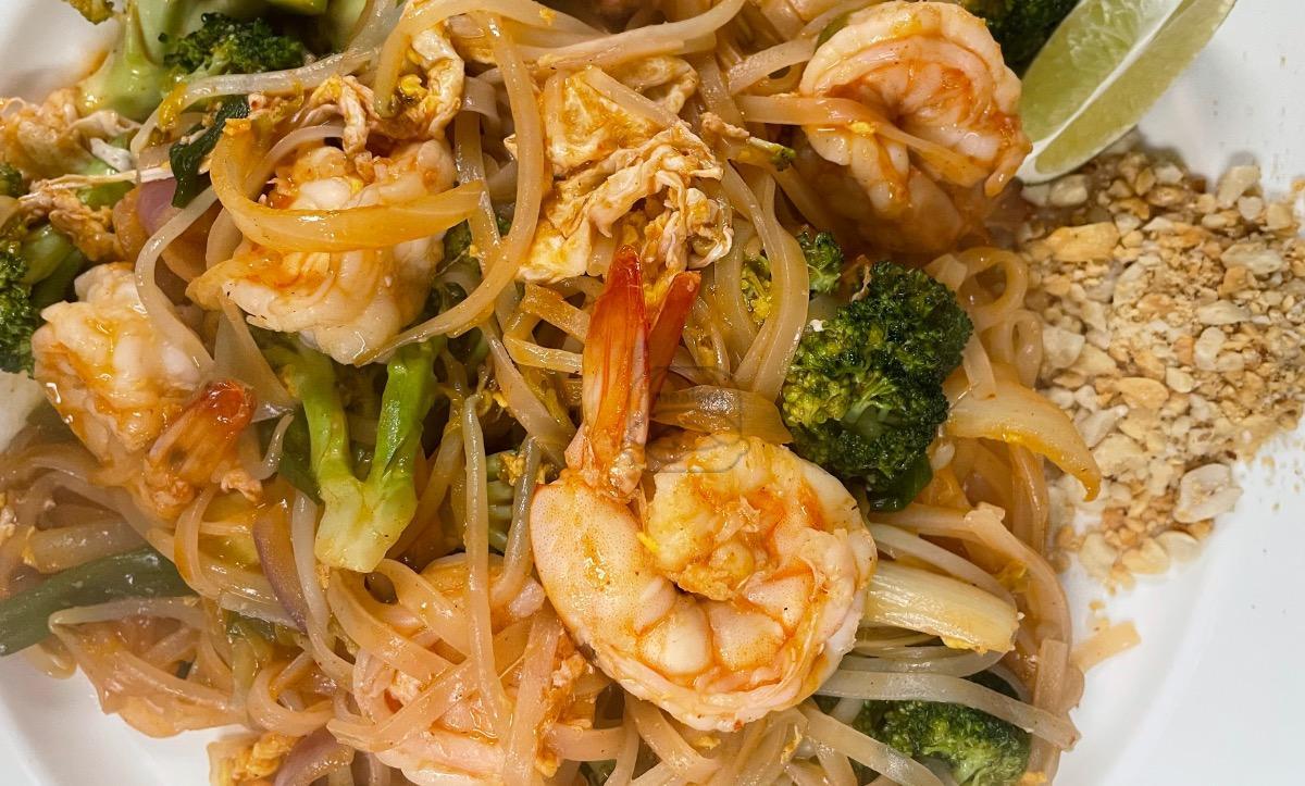 Lunch Shrimp Pad Thai